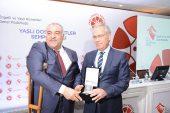 Dinar Belediyesine Yaşlı Dostu Kent Teşvik Ödülü Verildi