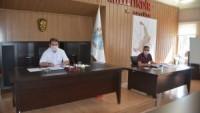 İlk sosyal mesafeli meclis toplantısı yapıldı