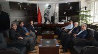 Dinar MHP Belediye Başkan adayı Sevim Özkan, Başkan Nihat Sarı'yı ziyaret etti