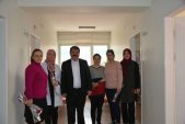Başkan Sarı Bayan Personellerin Kadınlar Gününü Kutladı